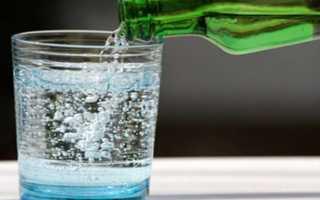 Щелочная минеральная вода – список названий при подагре, как правильно выбрать?